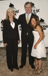 Photos de Mackenzie Rosman - Teens Awards Gala 05.01.2004 - 10
